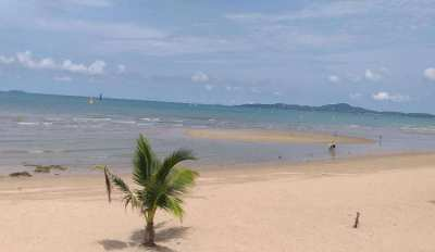Condo 1st Line at the Beach in Pattaya