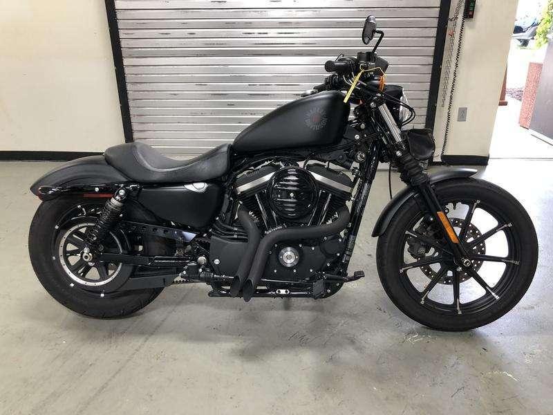 2020 Harley-Davidson® XL 883N - Sportster® Iron 883™