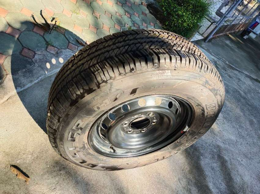 17 inch Ford spare wheel/tire