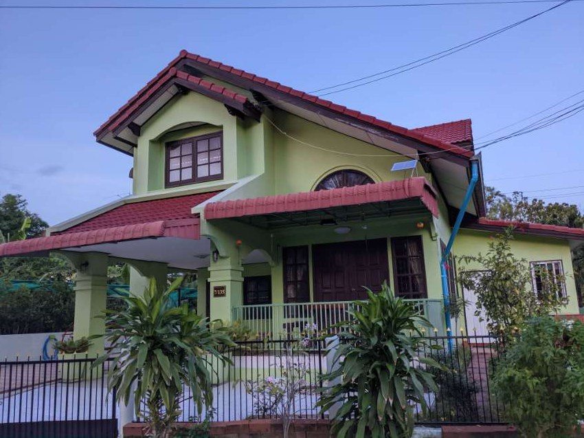 Three bedroom 2- storey detached house for rent in Ban Chang
