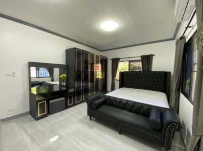 House for sale in chaiyapruk 2 with 3 bedroom with  modern design