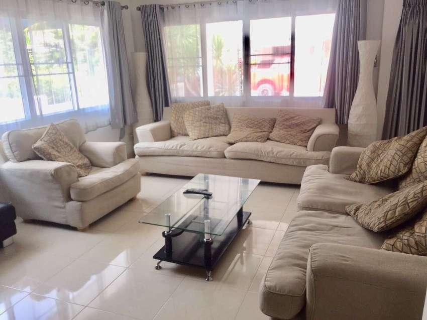 Dusit pattaya 3 bed 2 bath villa with garden