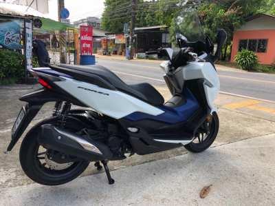 Forza 300 cc