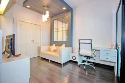 Boat Condominium for sale, 400 meter from Central Festival shopping ma