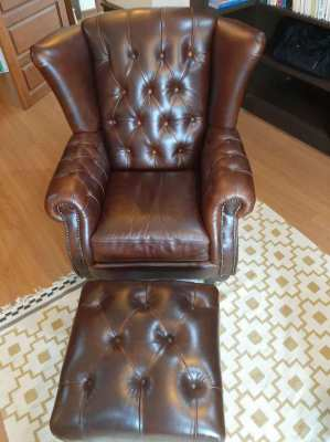 'Chesterfield' Classic Leather Armchairs and Footstool