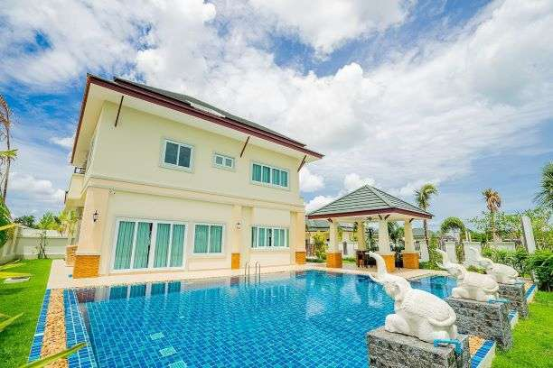 Quality beautiful pool villa 4 bedrooms