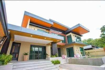 Hot Deal Luxury Pool villa  New Modern design For Sales