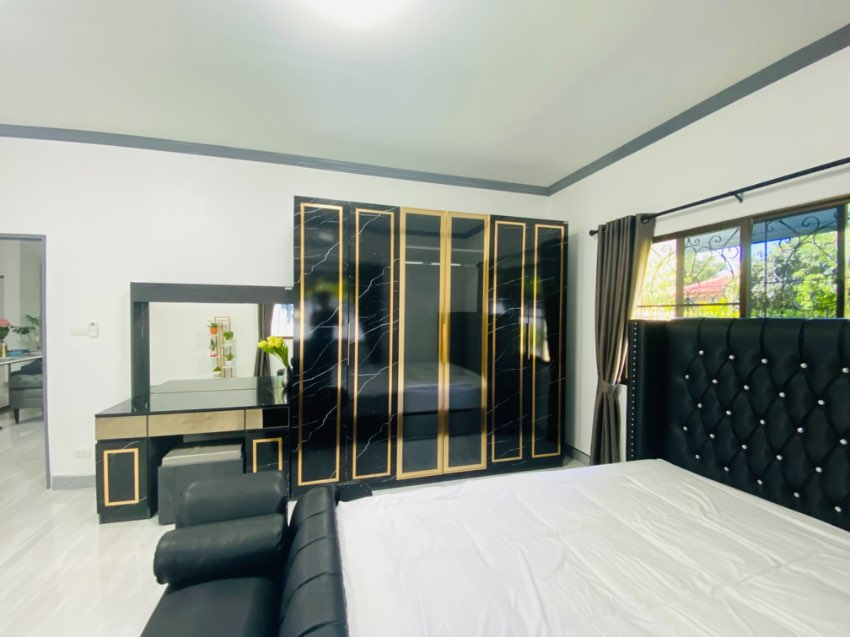 Good deal house with 3 bedroom for sale 5.5MB