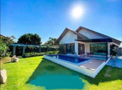 Want to buy villa in chaiyapruek/ huay yai