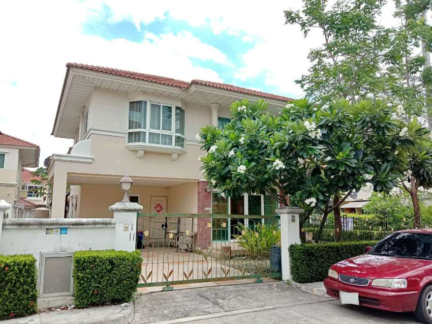House for sale/rent near Promenada shopping mall, 1 km. from Promenada