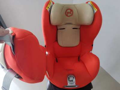 Sirona Cybex carseat from new born till 18kg