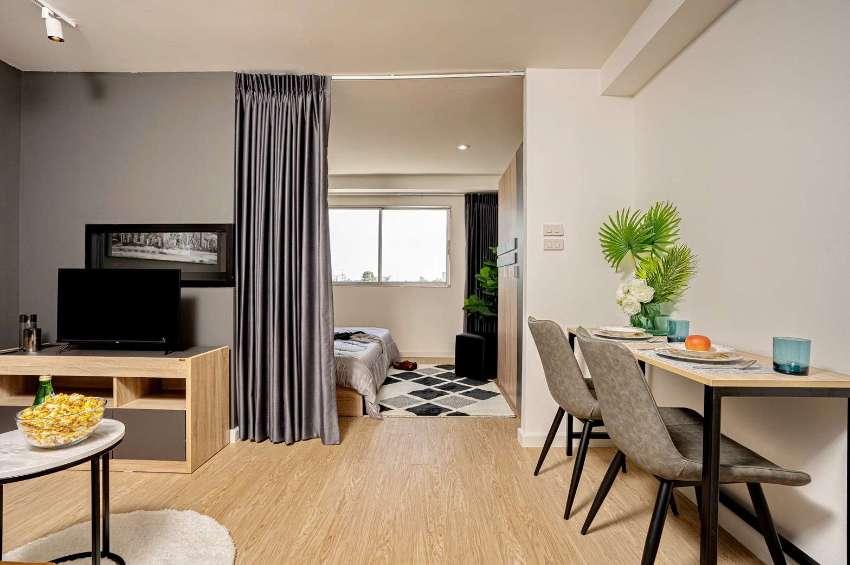 Lanna condominium for sale off Super Highway Rd.,