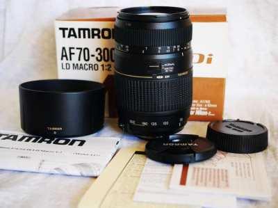 Nikon Mount Tamron AF 70-300mm Di LD Macro Tele Zoom lens in Box
