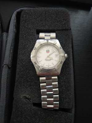 Tag Heuer 2000 Series WK1111-0 King Size White Dial Watch
