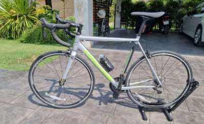 Cannondale Optimo CAAD Bicycle (size 56) Silver - unused as new!