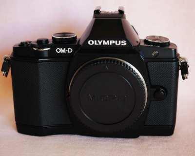 Olympus OM-D E-M5 Digital Camera Black Body, OMD EM5 O-MD EM-5
