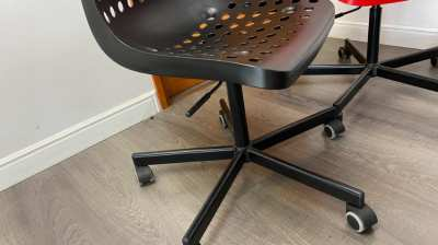 urgent sale!!! Ikea Skalberg Sporren Swivel Chair total 20pcs.