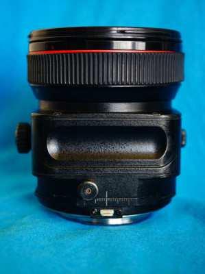 Canon TS-E 24mm f3.5L Professional L-series Wide Prime Tilt-Shift Lens