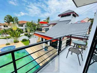 Pool Villa house with private swimming pool for sale at East Pattaya.