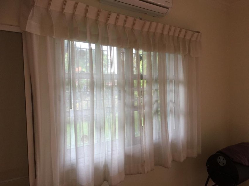 White curtains ,white drapes 2 pieces ca. 1,47m x 1,20 m FREE SHIPPING