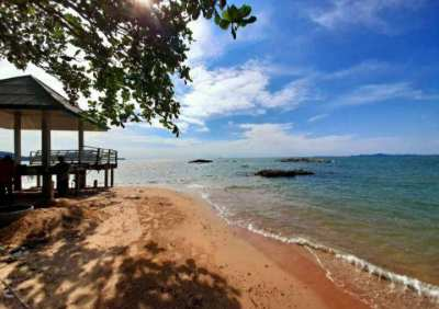 3beds 35,000 baht/month  In Na Jomtien 15 minutes drive from Pattaya