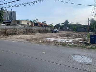 Land For Sale/Rent in Sukhumvit Soi 113,Wat Dan Samrong (Owners Post)