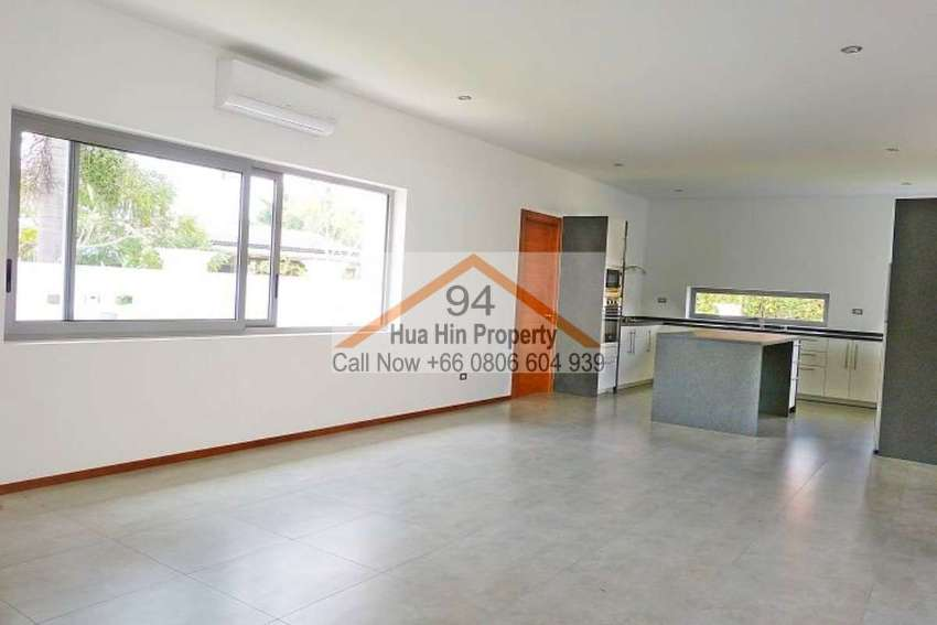 Stunning Hua Hin Euro quality 3 bed pool villa w/ many great features
