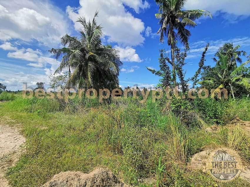 Land 15 Rai (24,000 sq.m.) in Huay-Yai