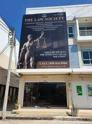 Legal service in Bangkok by English speaking lawyer.