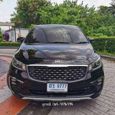 Kia Grand carnival 2.2 EX wagon ATไมล์แท้ ปีใหม่ สภาพสวย ปี 2018 สีดำ