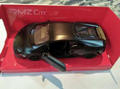 Model car Lamborghini Huracan coupe matte series 1:36