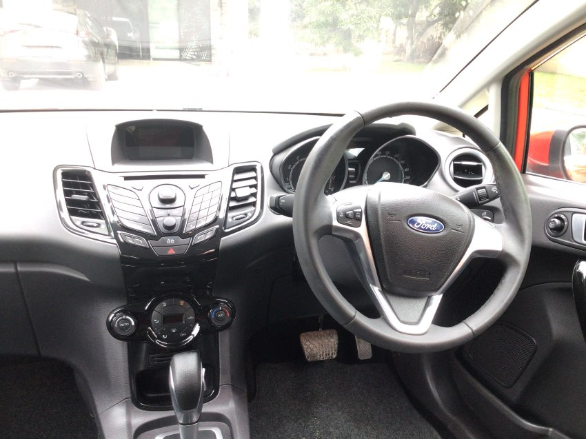 Ford Fiesta 1.0 Ecoboost sport automatic