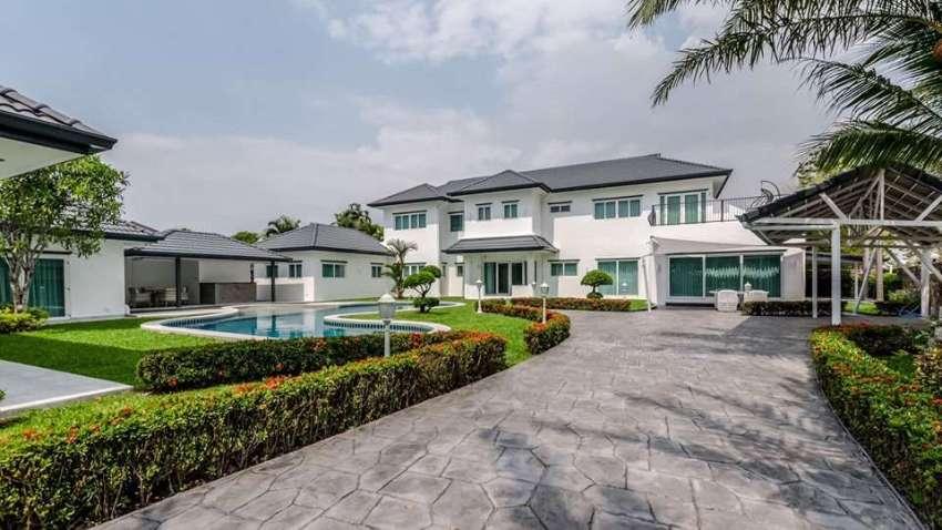 Impressive Modern 7 Bed Pool Villa