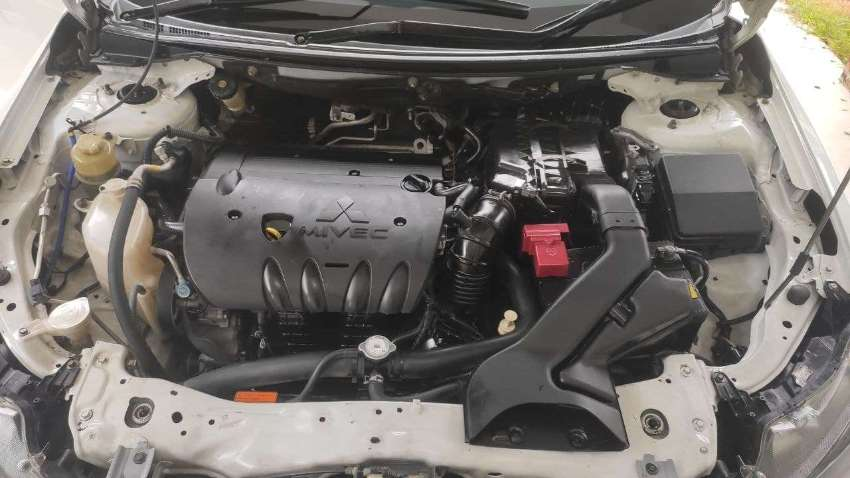 Mitsubishi Lancer EX 2011 1.8 AT(6)