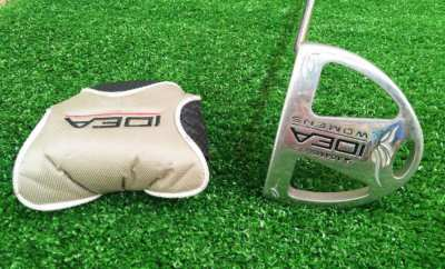 Ladies Adams Idea A30S putter with cover.