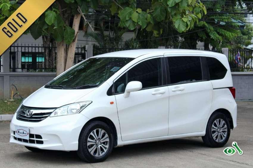 2014(mfd '12) Honda Freed 1.5 E A/T