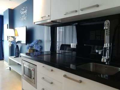 Centara Avenue Residence and Suite