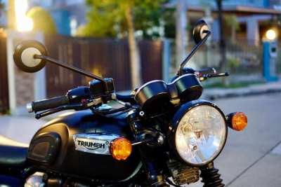 [ For Sale ] Triumph Bonneville T100 2017 only 8,xxx km.