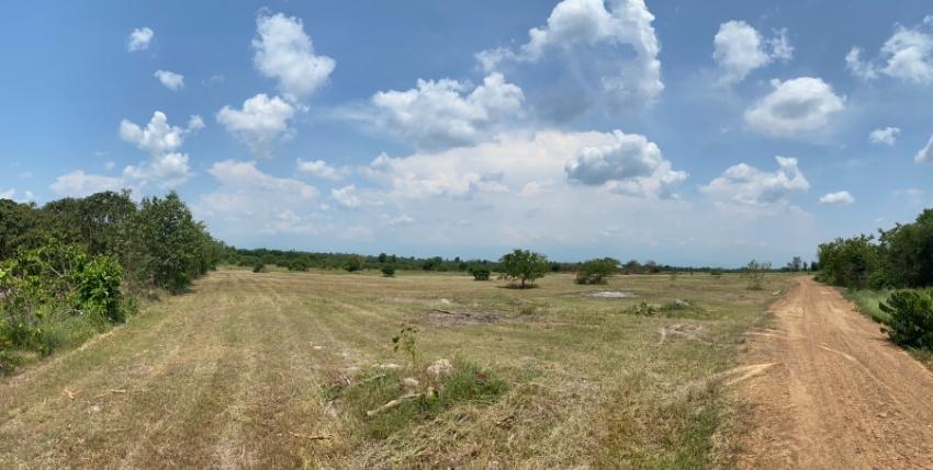 ขายที่ดินอยู่ ต.นครเจดีย์..อ.ป่าซาง เหมาะสำหรับการทำรีสอท