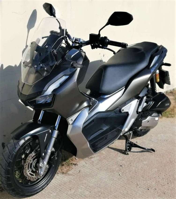 Honda ADV 150 RENT 3.500 ฿/month (+ 1 Month = extra discount)