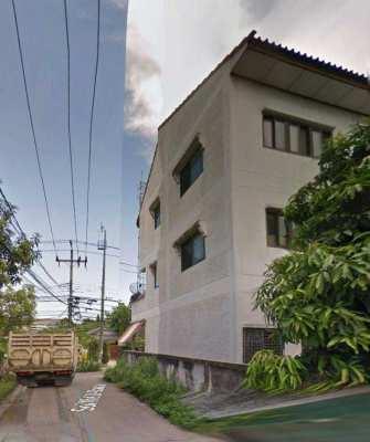 Townhouse for rent in Sukhumvit soi 76 Samut Prakan  (Owners Post)
