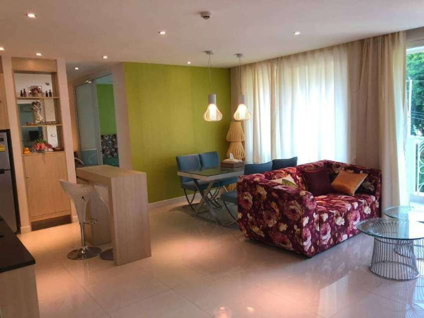 Two bedrooms condo for rent onThappraya Rd. (Bahtbus 24hrs.)