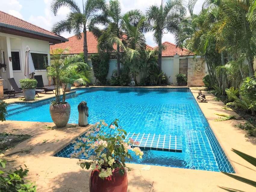 Pool Villa with land plot near 1 rai for Sale at Nong Plalai, Pattaya.