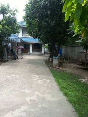 House for rent in Bearing Soi 9 (Owners Post)