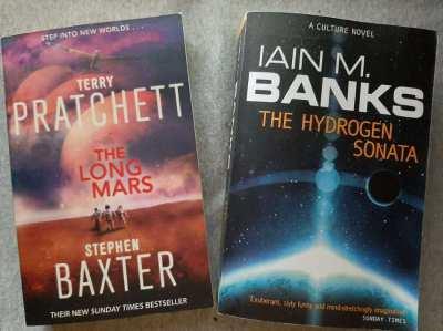 Terry Pratchett - The Long Mars / Iain M Banks - The Hydrogen Sonata