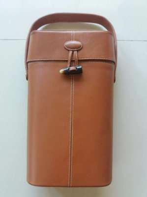 Piel Leather Double Deluxe Wine Carrier, Like New