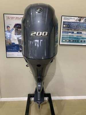 Used 2017 Yamaha 200HP 4-Stroke Outboard Motor