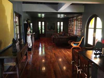 Stylish luxury pool-villa in a great location of Hua Hin