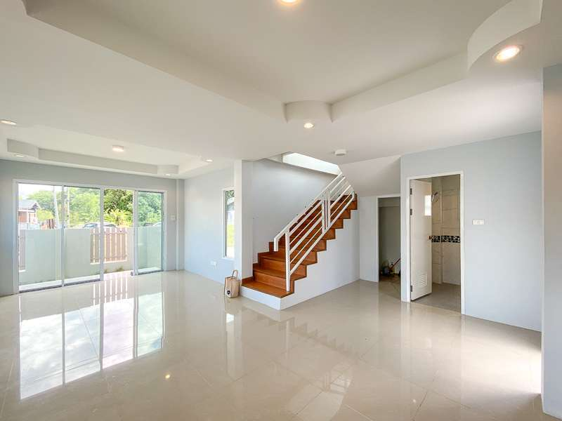 New house for sale 3.5 km. from Kad Farang Village ,