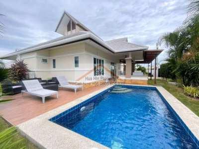 Family pool villa on Hua Hin Emerald Scenery in a brand new condition